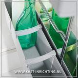 Rek voor opbergeb schoonmaakmiddel